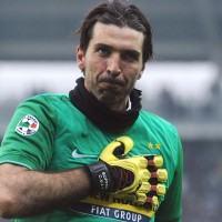 La Serie B accoglie Buffon: 'Superman is back'. La Reggina lo ritroverà da avversario