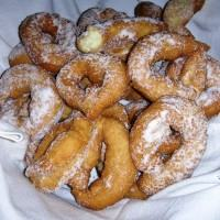 Come si preparano le dolci nacatole di Carnevale: la ricetta