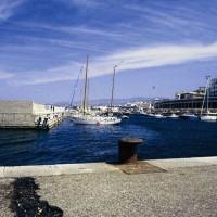 Coronavirus, divieto d'accesso pedonale al Porto di Reggio