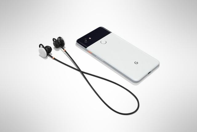 Google-Pixel-Buds-with-Pixel-phone