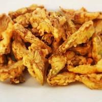 Carciofi dorati e fritti, la ricetta di un piatto facile e veloce