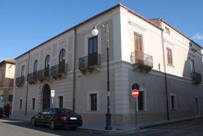 - Palazzo Nieddu del Rio