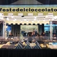 Il Corso Garibaldi si trasforma nel Paese delle meraviglie con la Festa del Cioccolato – FOTO