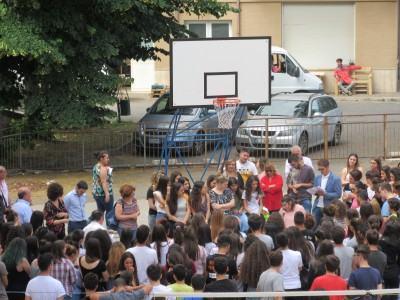 Premiazione con studenti