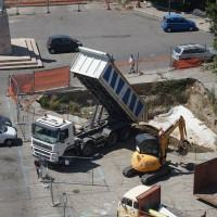 Scavi di Piazza Garibaldi: completate le procedure di copertura dei reperti archeologici
