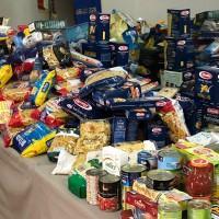 Colletta alimentare del Convitto Campanella, pacchi dono alle persone bisognose