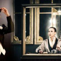 Veronica Pivetti si fa in 3 e stupisce: 'Viktor und Viktoria' strega il Cilea