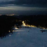 Gambarie in Fiaccola, evento riuscito tra musica, party e tanta neve – VIDEO