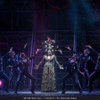 """Il musical """"We will rock you"""" travolge il pubblico del Teatro Cilea"""