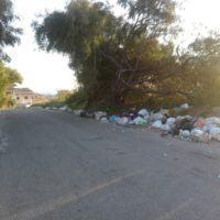 """Una discarica al Cimitero di Gallina: """"I reggini vogliono vivere in mezzo alla spazzatura?"""""""