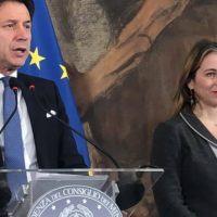 """Cdm a Reggio, Grillo: """"Decreto durerà 18 mesi. Saremo fulminei e inflessibili"""""""