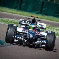Motorshow 2Mari scrive la storia: una monoposto di F1 per la prima volta in Calabria