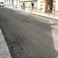 Via del Torrione, proseguono i lavori di rifacimento per il nuovo manto stradale