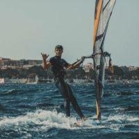 Windsurf, il reggino Francesco Scagliola primo nel campionato mondiale under 21