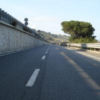 Incidente sulla 106, Anas chiude al traffico un tratto della Statale