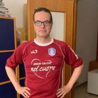 Sport - L'Archi Calcio regala maglia a Klaus Davi