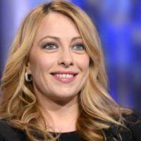 Elezioni comunali, Giorgia Meloni prenota il candidato sindaco