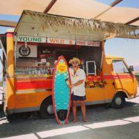 Quando un furgone diventa bar: ecco l'innovativo beach truck di Reggio Calabria – FOTO