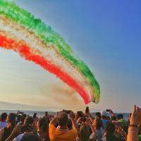 Stupore a Reggio, Airshow mozzafiato con le Frecce Tricolori - FOTO