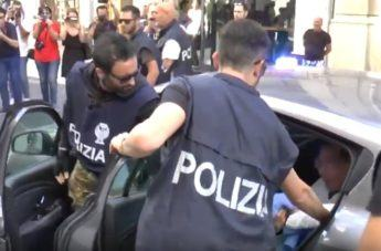 Arrestato il latitante Domenico Crea: l'arrivo in Questura