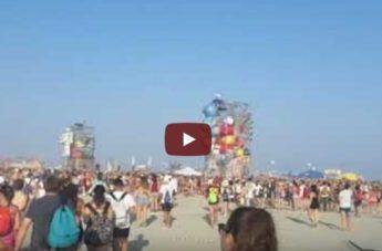 """Beach Party, Jovanotti: """"Roccella è piena di vita"""""""