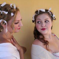 Due sorelle nella vita e sulla scena: al Teatro Cilea