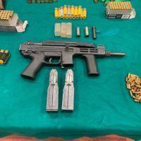 Reggio, scoperto bunker nel centro città. Trovati esplosivo, armi e cocaina. Arrestato 31enne - FOTO