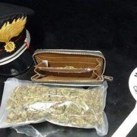 Reggio, arrestato un 23enne per spaccio di marijuana
