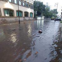 Reggio - Maltempo, Corso Garibaldi allagato. FOTO e VIDEO