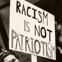 """""""Negri, gay, terroni: razzismo o demenza sociale?"""": la lettera di un cittadino"""