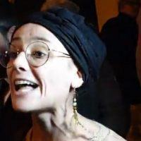 Reggio, contestatrice rovina la festa a Salvini. Cacciata a suon di 'cessa' e 'drogata'