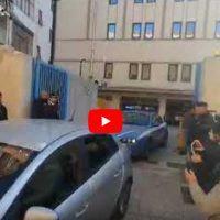 Reggio, tentata rapina a portavalori: l'uscita degli arrestati