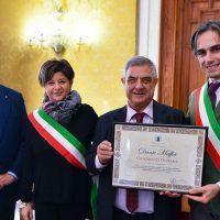 Reggio, cittadinanza onoraria per il poeta Dante Maffia