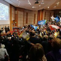 Salvini incanta i reggini delle Lega tra spot e selfie. Sardine sotto...tono