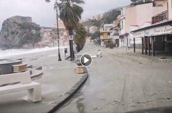 Maltempo in Calabria: Scilla in ginocchio, lungomare sommerso