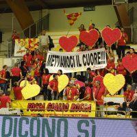 Volley - Attesa ed entusiasmo per la partita al PalaValentia: Vibo scalda i motori