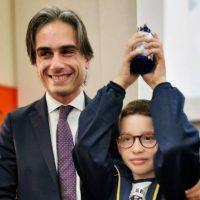 Nuove borracce per gli studenti reggini, Falcomatà: 'Riduciamo il consumo di plastica'