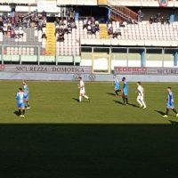 Calcio: il Bari si avvicina alla Reggina, crollo Ternana. Risultati e classifica
