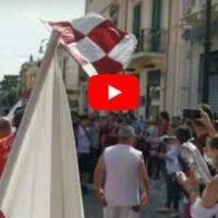 Reggina in Serie B, il popolo amaranto festeggia a piazza Duomo