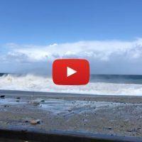 Maltempo a Scilla: lungomare inondato e detriti per strada