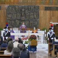 Ultimo saluto a Jole, il Vescovo: 'Donna concreta, amava la sua terra. Ci lascia il coraggio della malattia'