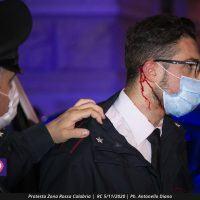 Reggio, protesta contro la 'red zone': carabiniere ferito ma la 'piazza' era tutt'altra cosa...