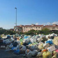 Emergenza rifiuti, si vive alla giornata: Serviranno due o tre anni per vedere la luce