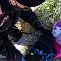 Reggio, coniugi in manette: nascondeva la droga in uno zaino della scuola