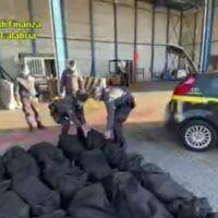 Maxi sequestro al porto di Gioia Tauro: trovati 1300 kg di cocaina
