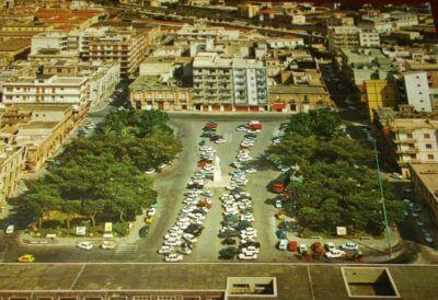 Piazza Garibaldi Vecchia 2
