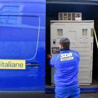 Covid in Calabria, consegnate oltre 6000 dosi di vaccini AstraZeneca