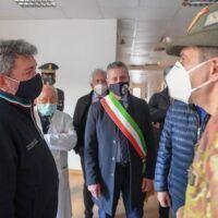 Campagna vaccini in Calabria: Figliuolo fa tappa a Taurianova - FOTO