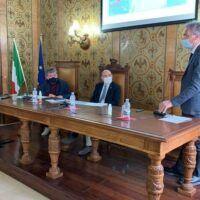 Viceministro in visita a Reggio. Spirlì: 'Puntiamo al Porto di Gioia Tauro e al Ponte sullo Stretto'