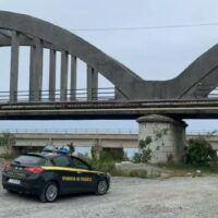 Viadotto a rischio crollo, le Fiamme Gialle sequestrano un ponte nel reggino
